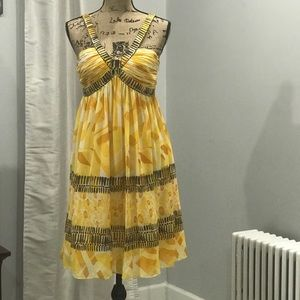 Jones Wear bold print yellow dress size 6